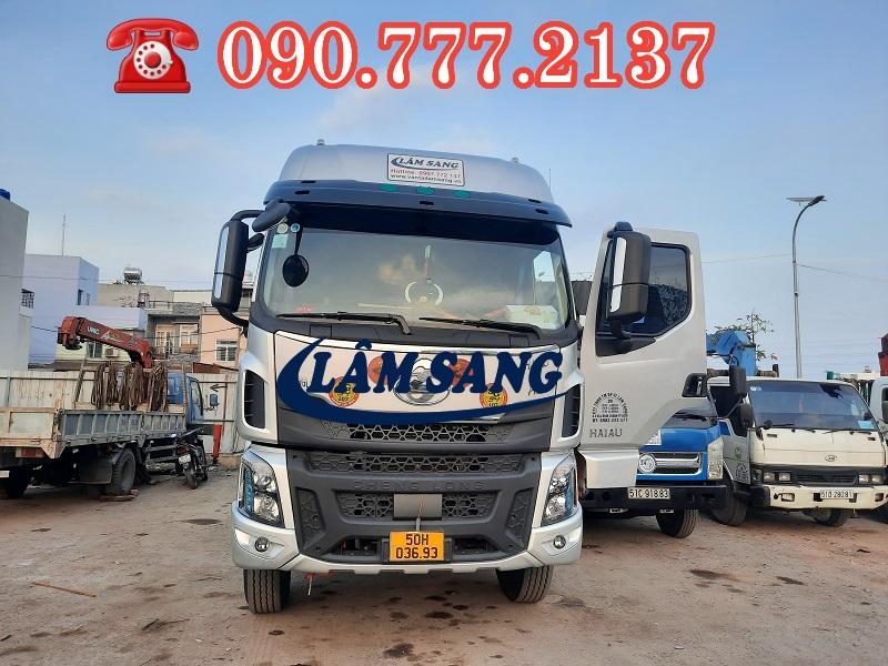 Xe tải chở hàng 15 tấn